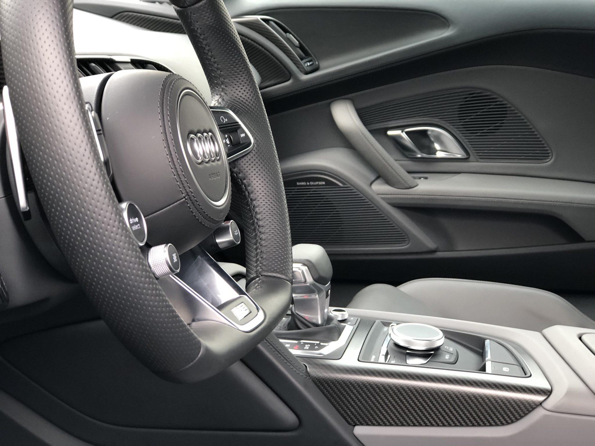 Audi R8 V10 Plus Innenansicht